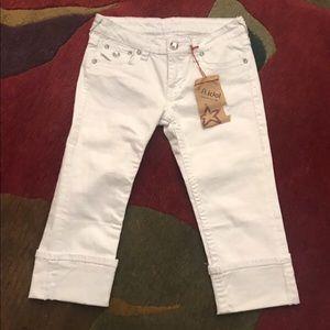 LA Idol Studded Cuffed Capri's. NWT. Size 7